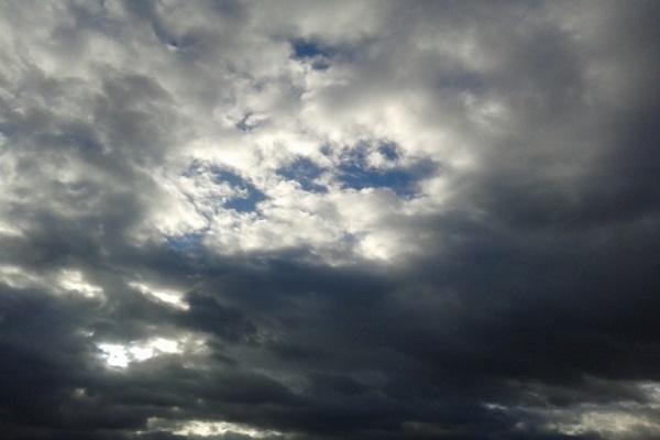 Облачно со локални врнежи од дожд и снег