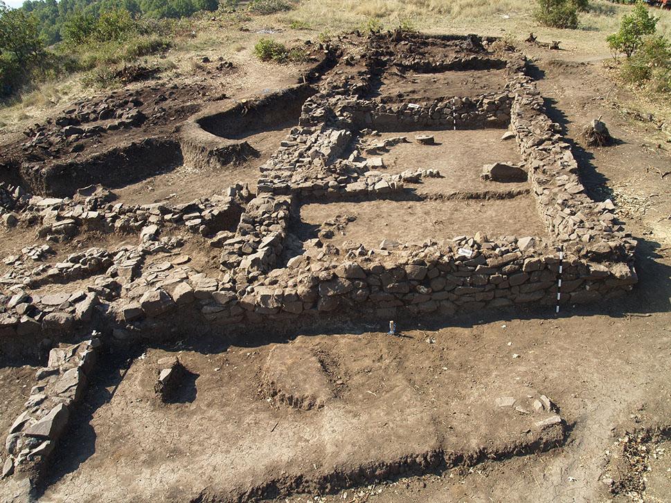 Во Боров Дол откриена една од најстарите македонски рударски населби