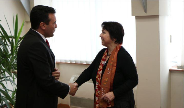 Лидерот на СДСМ Заев се сретна со амбасадорката на Германија Алтхаузер