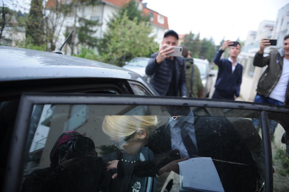 Претепаната Наташа Беквалац излезе од дома