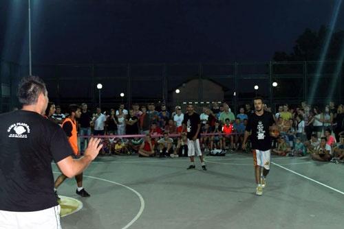 Традиционален турнир во улична кошарка по шести пат во Росоман