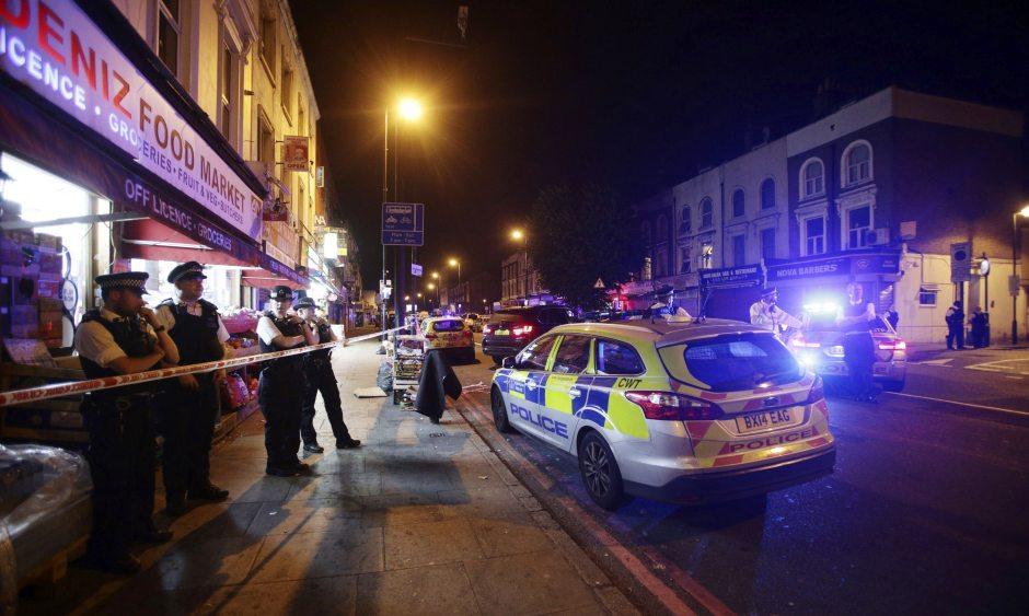 Терористички напад врз муслимански верници во Лондон