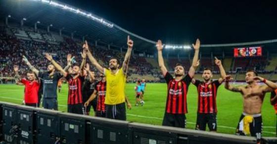 Вардар во четвртфиналето на Купот на Македонија