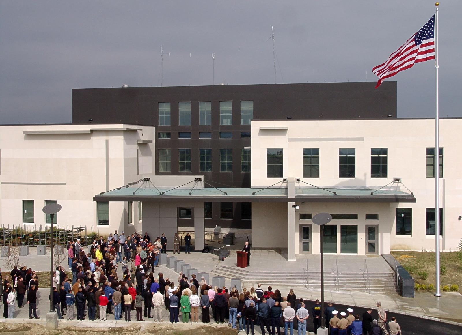 Амбасадата на САД ги охрабрува граѓаните да придонесат изборите да бидат кредибилни