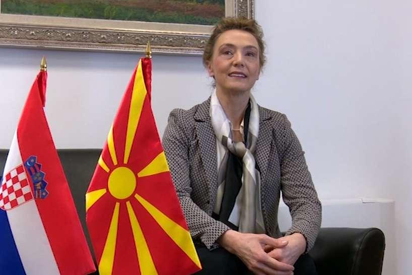 Пејчиновиќ Буриќ  силна поддршка за членството на Македонија во ЕУ и НАТО