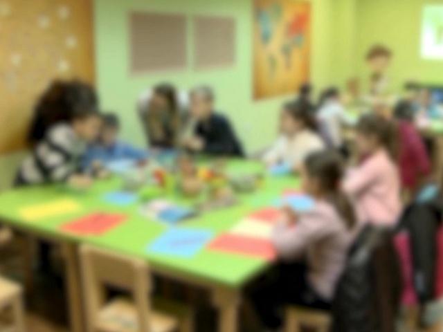 Децата до три годишна возраст да се сместуваат во семејства наместо во институции