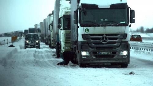 Грција забрани влез на македонските камиони поради снегот