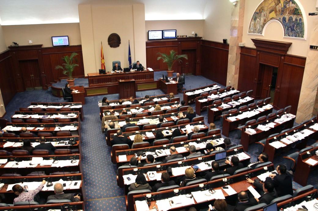 Конститутивната седница треба да продолжи без процедурални забелешки
