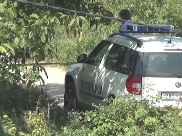 Истрага за полицаецот   кој со службен пиштол пукаше кон малолетници