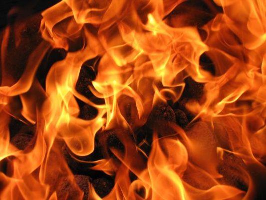 Пожар во близина на воениот полигон Пенуш