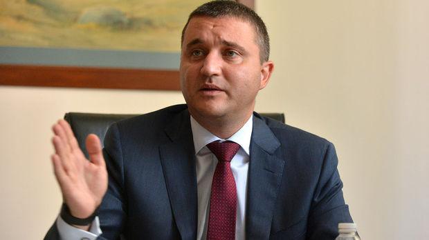 Горанов  Бугарија сака да се приближи до влез во Еврозоната