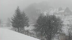 Врнежи од снег со променлив интензитет во Маврово и на Плетвар