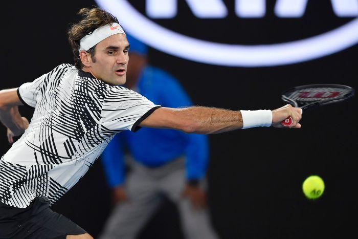 АО  Бранителот на трофејот Федерер избори четвртфинале