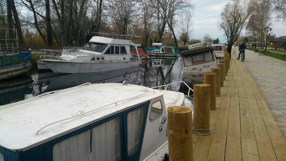 Бродот    Мис Стон   тоне во каналот Студеничишта