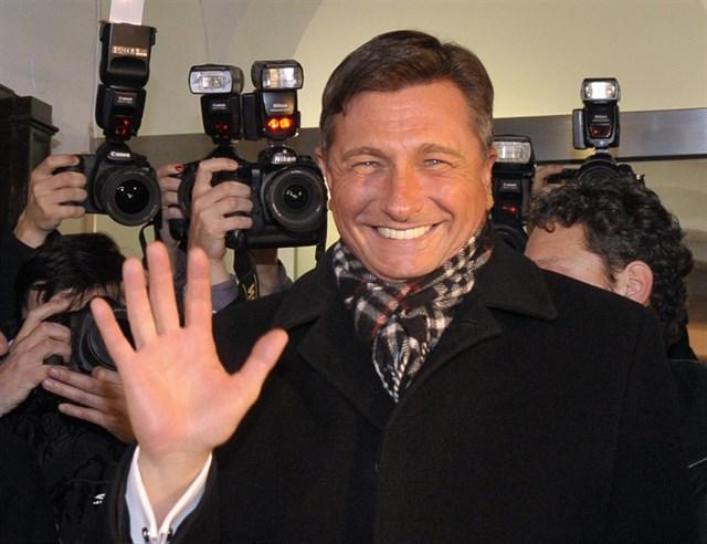 pahor-favorit-na-pretsedatelskite-izbori-vo-slovenija
