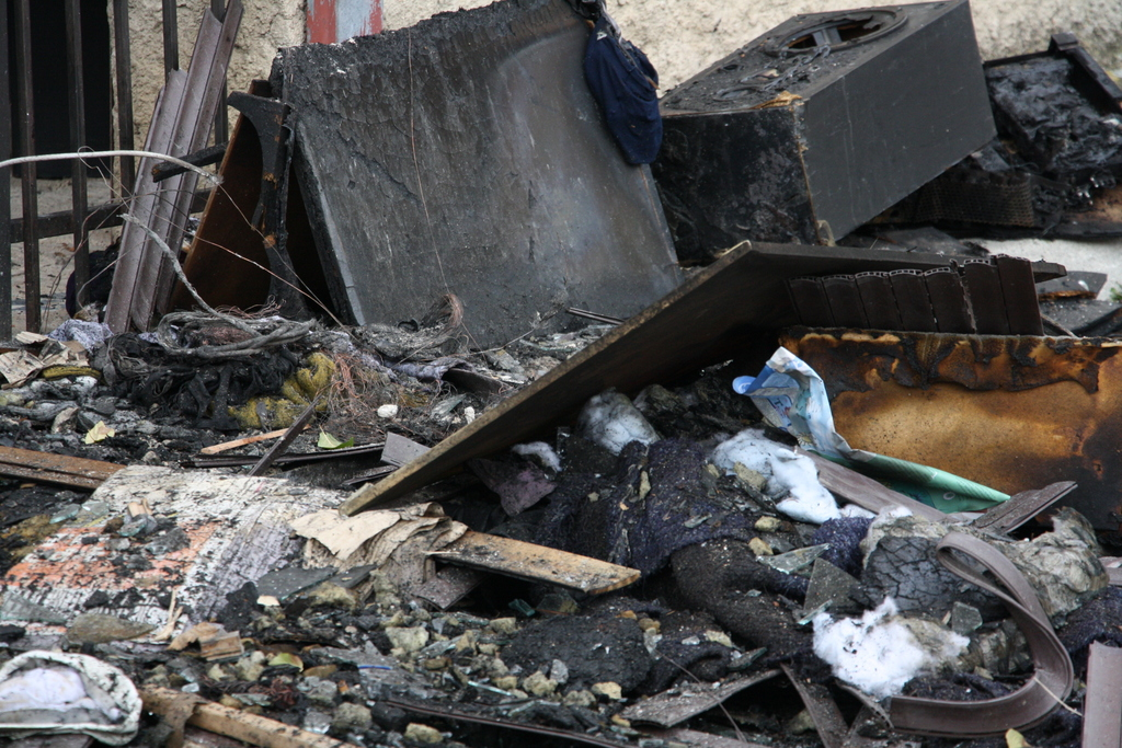 Куќа изгоре во Скопје  нема повредени