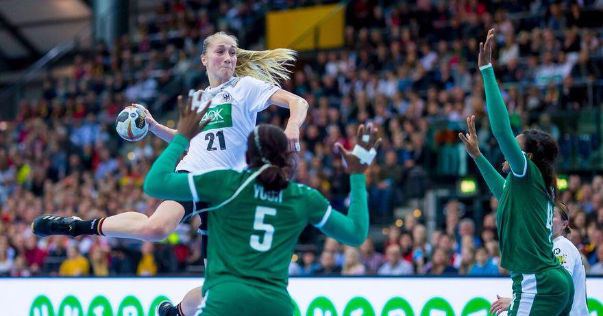 Чешка и Русија се пласираа во четвртфиналето на СП за ракометарки