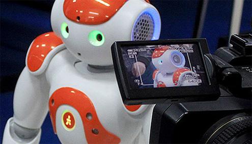 Заврши меѓународниот натпревар за роботика РобоМак 2014