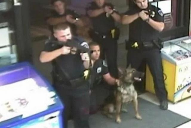 Полицијата во САД застрелала слеп човек