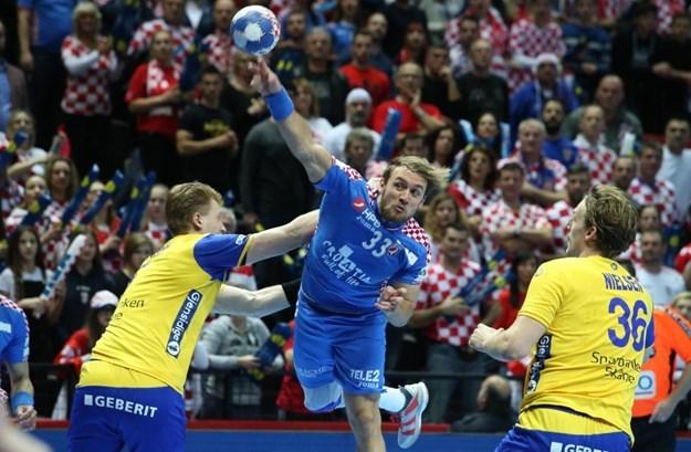Хрватската репрезентација на колена пред Шведска