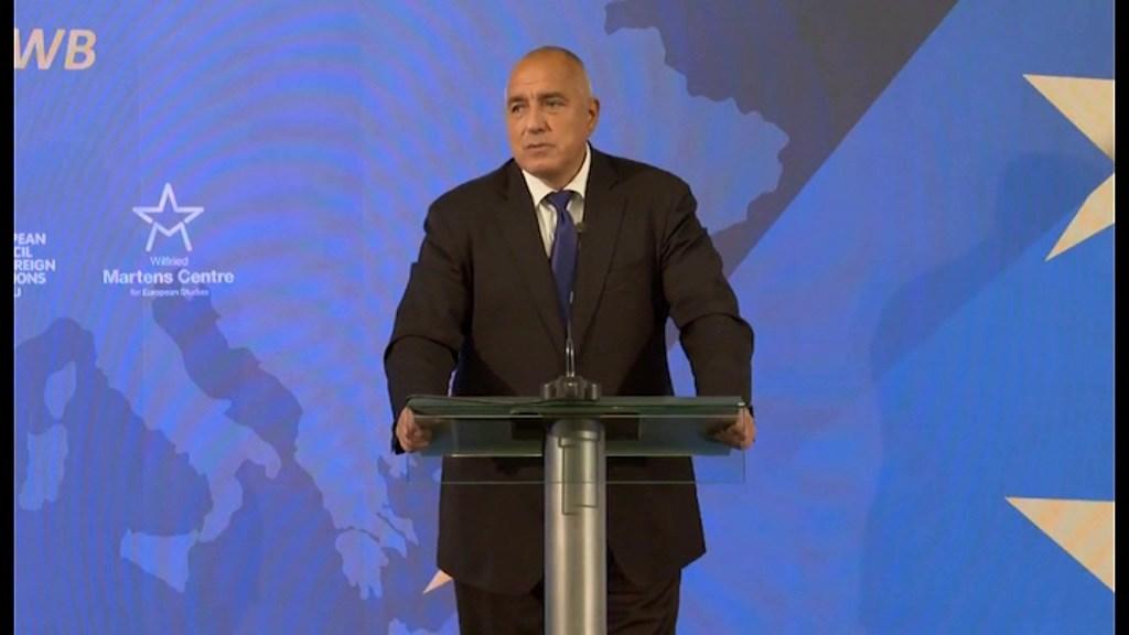 Борисов: Се надевам Заев и Ципрас ќе си подадат рака