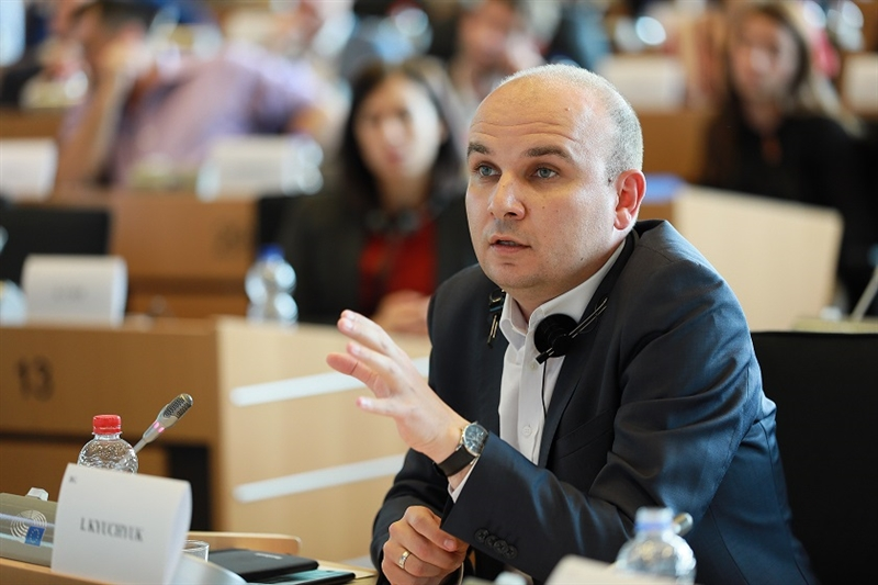 Ќучук: Комисијата за надворешни работи на ЕП го усвои Извештајот за напредокот на Македонија