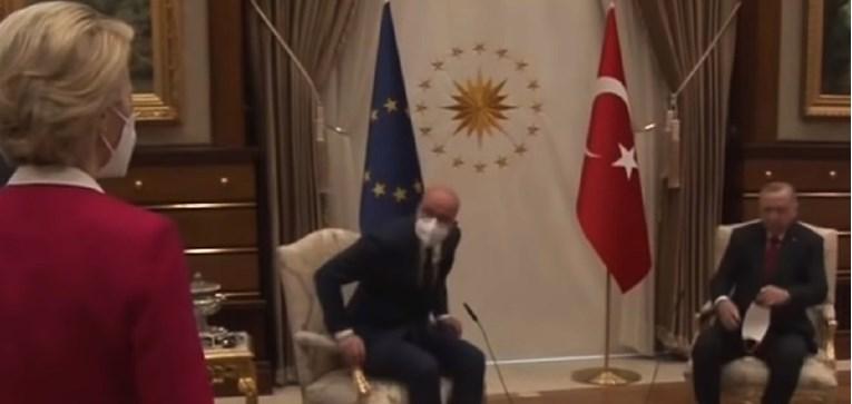 Мишел и Фон дер Лајен се сретнаа прв пат по скандалот во Анкара (ВИДЕО)