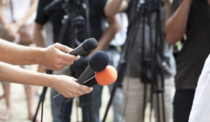 Новинарите да добијат бенефициран стаж