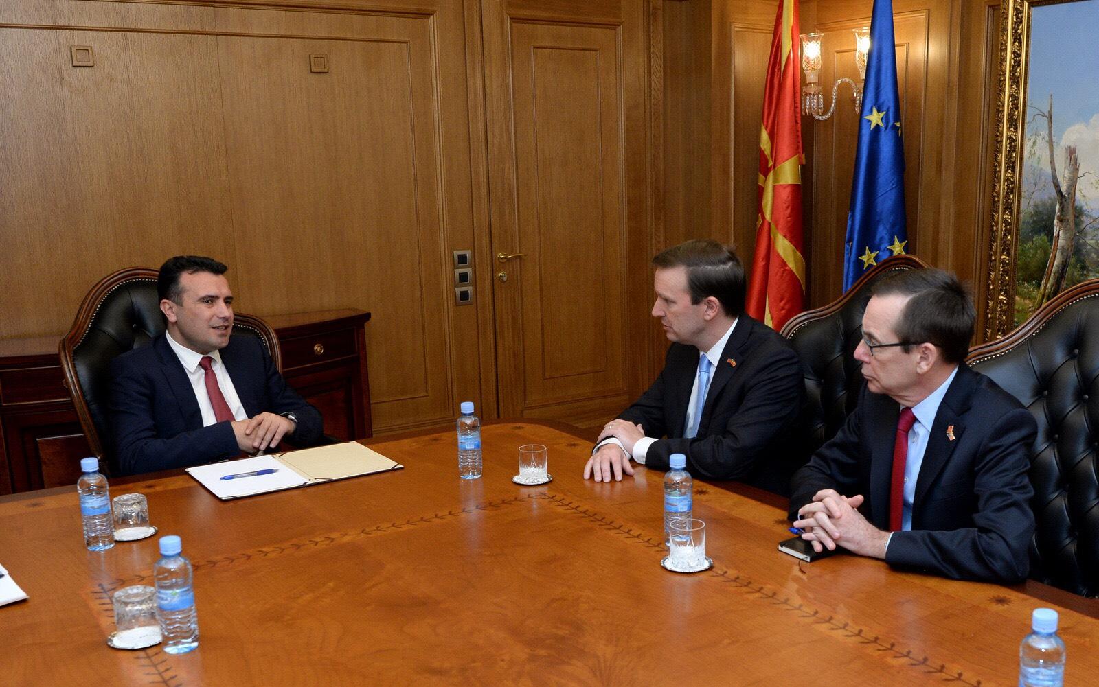 Средба на премиерот Заев со американскиот сенатор Марфи